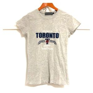 UNIVERSITY OF TORONTO Short Sleeve Tee Grey
